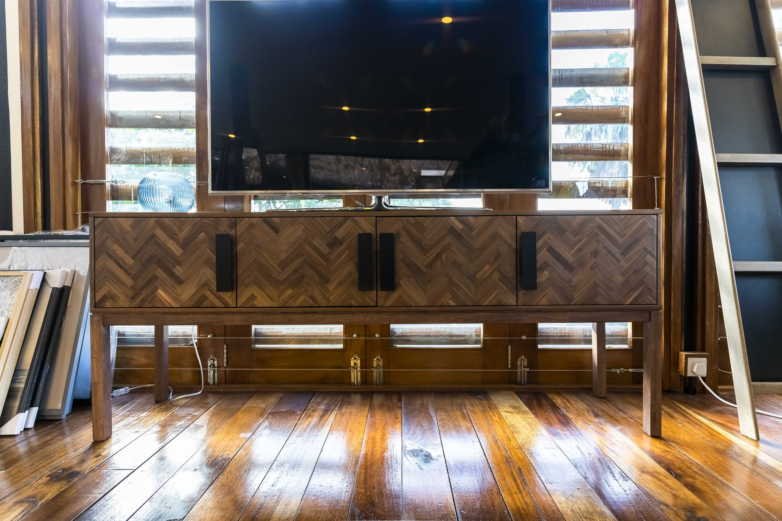 Harmonize, 4Dr Cabinet