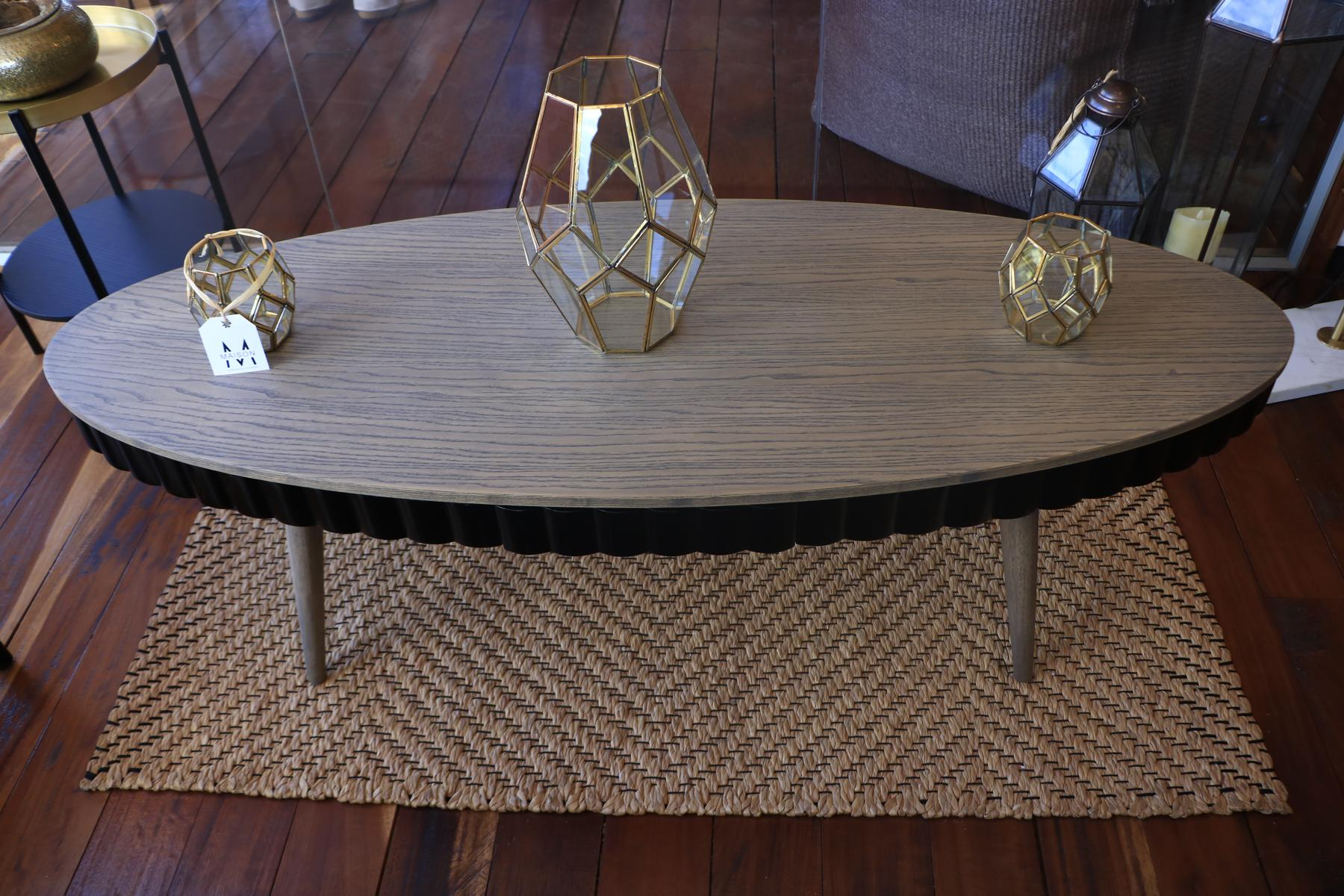 Skirt coffee table