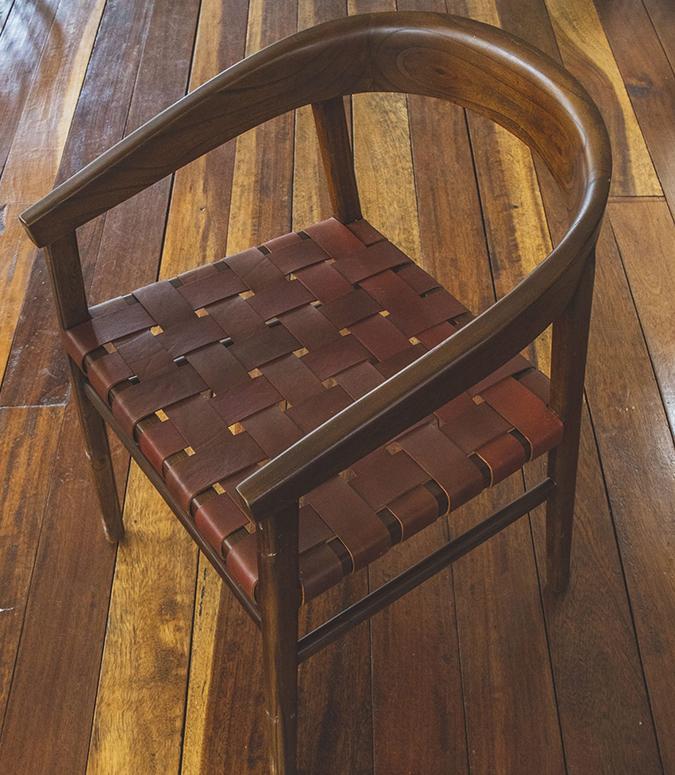 Vitus Chair