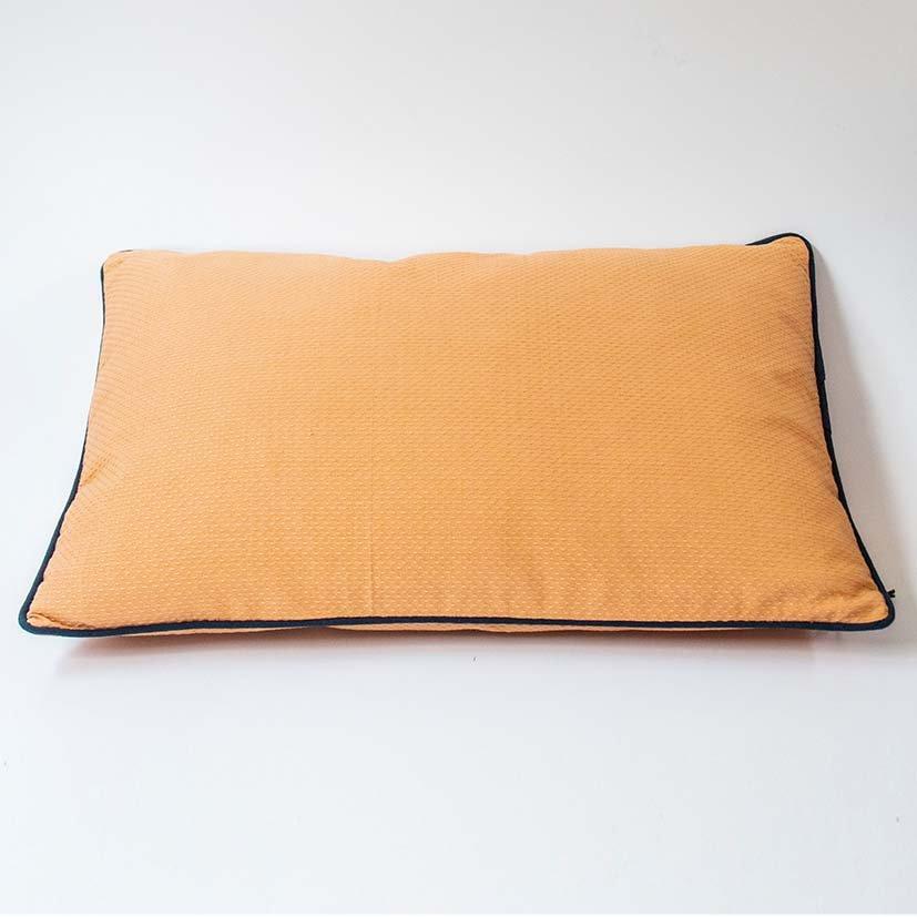 Cushion rose cotton
