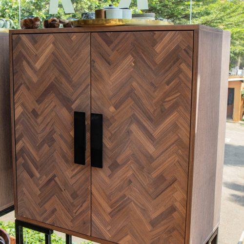 Harmonize 2Dr cabinet