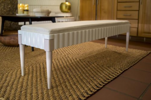 Skirt bench with cushion
