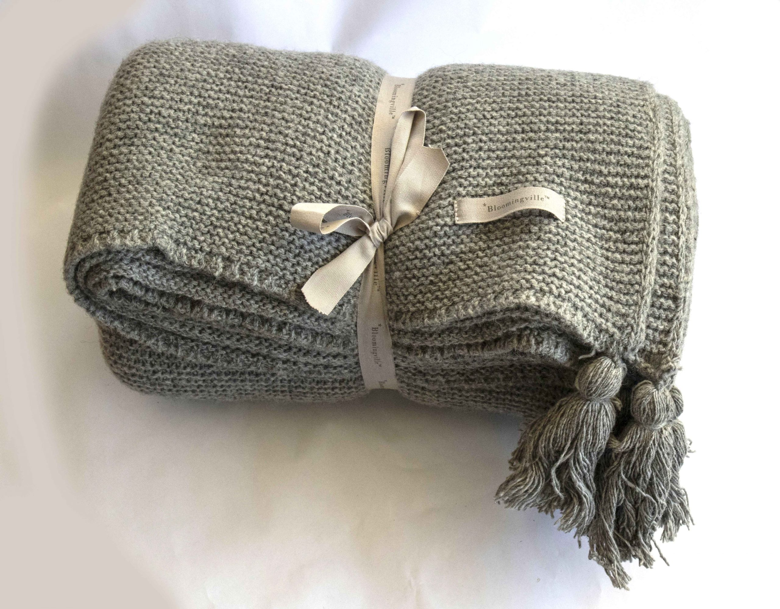 Throw grey wool